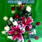 Bunga Meja Lily Merah