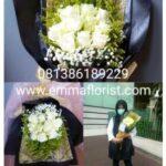 Hand buket Mawar Putih 3502